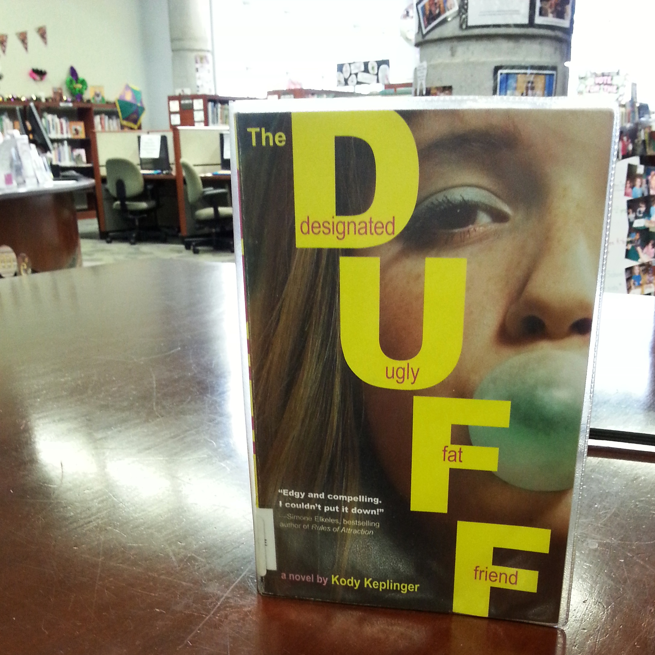 Book Review: The DUFF by Kody Keplinger   Caught Read Handed